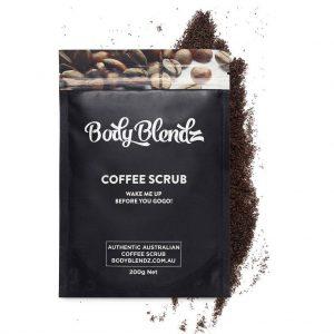 BodyBlendz Coffee Scrub dans son emballage