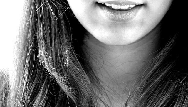 Sourire jusqu'aux dents